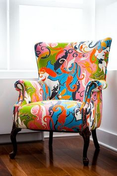 I would love to recover the knitting chair like this.....