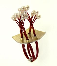 Hiroko Yamada  'Popcorn Ring' in sterling silver, 18k yellow gold, flex wire, and white pearls. Size is adjustable.