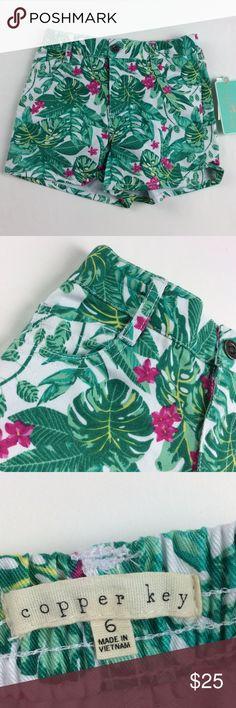 Copper Key Girls Hawaiian Themed Jean Shorts Fabric: 100% Cotton  Color: Multi-Color Specifics: Hawaiian Theme  Style: Jean Shorts Stretch: No Closure/zipper:Button/ Zipper  Cleaning/Care: Machine Wash Sku: 0139AK Copper Key Bottoms Shorts