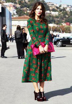 Ideas para combinar un vestido verde