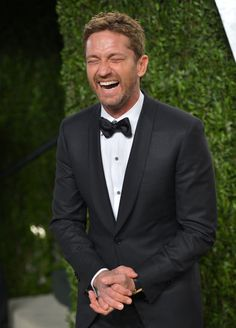 Vanity Fair's Exclusive Oscars Bash Brings Stars to Sunset Tower: Gerard Butler laughed as he arrived at the Vanity Fair Oscar party on Sunday night.