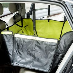 Favorite Deluxe Waterproof Car Fencing Back Seat Cover for Pets in Green   PET091600401