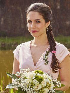 Ulice - TV Nova Nova, Wedding Dresses, Fashion, Pictures, Alon Livne Wedding Dresses, Fashion Styles, Weeding Dresses, Wedding Dress, Wedding Dressses