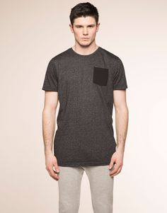 SPECKLED T-SHIRT WITH CHEST POCKET - T-SHIRTS - MAN - PULL&BEAR Indonesia