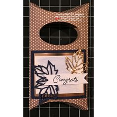 Gift packaging with some glimmer! Seasons Of The Year, Gift Packaging, Card Holders, Gift Bags, Stampin Up, Congratulations, Paper Crafts, Colorful, Ink