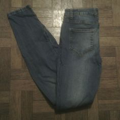 Jeans - Cotton On Cotton On light wash skinny jeans.  Size 6, in great condition! Cotton On Jeans Skinny