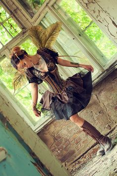 Steampunk its more than an aesthetic style, it's the longing for the past that never was. In Steampunk Girls we display professional pictures, and illustrations of Steampunk, Dieselpunk and other anachronistic 'punks. Some cosplay too! Steampunk Cosplay, Steampunk Rock, Chat Steampunk, Steampunk Fairy, Style Steampunk, Steampunk Clothing, Steampunk Mechanic, Steampunk Necklace, Steam Punk