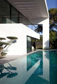 The Haifa House by Pitsou Kedem Architects