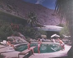 Tennis Club 1947 - Slim Aarons style photography of Palm Springs by Garnet Pitchford