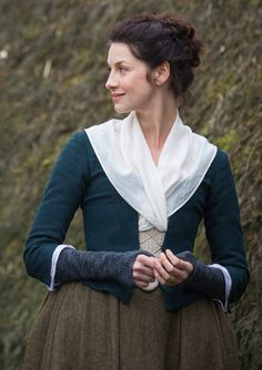 10% off Claire Fraser blue and brown dress in linen, choose your size! Cosplay Historical costume Outlander Sassenach 18th century