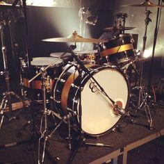 Hanni El Khatib c custom drums
