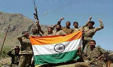 Kargil News : Pakistani army had fought the Kargil war.Pakistan says it is still the Mujahideen who were attacked in Kargil. Aziz said in the article that the Kargil plan was a freak attack based on false assumptions. Real Life Heros, Real Hero, Indian Flag, Indian Army, Atal Bihari Vajpayee, Kargil War, Image Fb, The Brave One, Patriotic Images