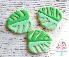 Cocoa shortbread by Christophe Felder - HQ Recipes Leaf Cookies, Iced Cookies, Royal Icing Cookies, Sugar Cookies, Owl Cookies, Flower Cookies, Heart Cookie Cutter, Cookie Dough, Flamingo