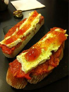 Tapa of sobrasada, brie and tomato marmalade