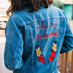 lets get personal / austin friends swing by our shop at the domain tonight 6-9pm find your favorite new denim piece and have it embroidered with a monogram by our expert chain-stitch friends @ftlonesome (totally on us!). plus catch a performance by @danafalconberry. rsvp via link in bio #denimmadewell by madewell1937