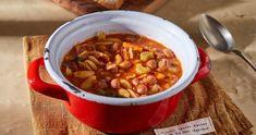 Velencei bableves kagylótésztával recept | Street Kitchen Gazpacho, Soup Recipes, Chili, Main Dishes, Bacon, Eat, Food, Main Course Dishes, Entrees