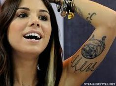 christina perri - city skyline and i'm pretty sure that is lexi, her family's pug that sadly passed on last yr