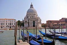 Ich habe mich verliebt! Die Lagunenstadt Venedig hat mich von Minute eins an mit ihren Brücken, Kanälen, Gondeln und dem Dolce Vita in ihren Bann gezogen.