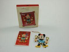 Hallmark 2002 Disney Christmas Ornament - Playful Minnie w/Box