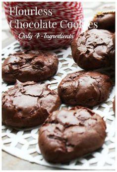 Flourless Chocolate Cookies (Low FODMAP) Gluten-free, low-FODMAP and Chocolate Cookies by are Heaven on earth!Gluten-free, low-FODMAP and Chocolate Cookies by are Heaven on earth! Low Sodium Recipes, Fodmap Recipes, Gluten Free Recipes, Low Fodmap Foods, Low Sodium Desserts, Low Carb, Flourless Chocolate Cookies, Chocolate Sin Gluten, Gluten Free Chocolate Cookies