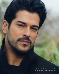Turkish Men, Turkish Actors, Handsome Actors, Handsome Boys, Burak Ozcivit, Esra Bilgic, Cute Stars, Actor Model, Gorgeous Men