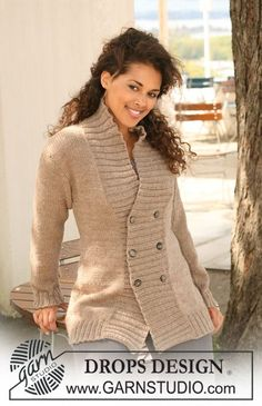 "DROPS jacket in stocking st with front bands in  rib in 2 strands ""Alpaca"" or 1 strand ""Nepal""."