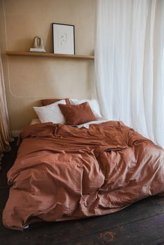 Terra Cotta Your bedroom is not just a room in your garden hose. Room Ideas Bedroom, Home Decor Bedroom, Home And Deco, My New Room, House Rooms, Interiores Design, Home Decor Inspiration, Terra Cotta, California Apartment