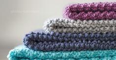 Im Laufe der Zeit hat sich hier einiges an Garn angesammelt - darunter sehr viel Baumwollgarn, dass sich nur für kleine Projekte eignet u... Crochet, Color Mixing, Knitting, Creative, Accessories, Jewelry, Towels, Dish, Colors