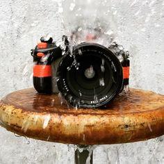 いいね!382件、コメント39件 ― Blue Moon Camera and Machineさん(@bluemooncamera)のInstagramアカウント: 「Yes, we have a Nikonos RS AF underwater SLR right now. No, we had never had one of these in our…」