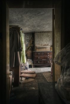 House of the Soldier's Widow - Derelict Places