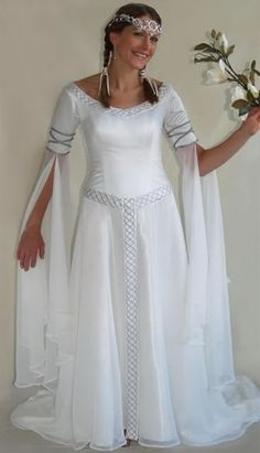 Vintage Celtic Wedding Dresses White And Pale Blue Colorful Medieval Bridal G