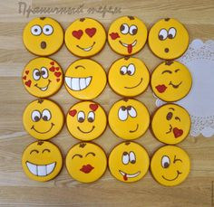 Valentine Cookies, Christmas Cookies, Royal Icing Cookies, Sugar Cookies, Biscuit Decoration, Horse Cookies, Clay Magnets, Cupcakes For Boys, Painted Rocks Craft
