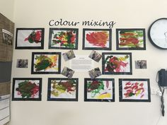 I would like to do something like this in the hallway of our center. Where our children's projects can be displayed with photos of them doing the activity and a little explanation parents can read about the experience. Reggio Emilia Classroom, Reggio Inspired Classrooms, Classroom Displays, Preschool Rooms, Preschool Classroom, Art Classroom, Preschool Art Display, Kindergarten Inquiry, Literacy