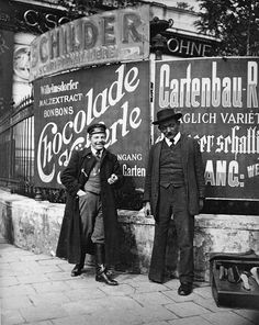 vintage everyday: Extraordinary Vintage Photos of Viennese Daily Life from…