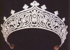 Jenni Wiltz | Tiara Tuesday: The Mountbatten Tiara