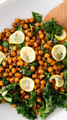#MeatFreeMonday: Toasted kale and pan-fried chickpeas