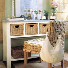 Столик своими руками с ящичками для хранения