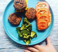 A Cozinha Verde: Hambúrgueres de quinoa e feijão | 5 ingredientes