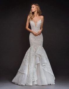 White bride dresses. Brides want to find themselves having the most suitable wedding, but for this they need the best wedding outfit, with the bridesmaid's outfits complimenting the wedding brides dress. The following are a few tips on wedding dresses.