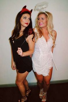 Halloween Costumes for Best Friends 2017 . Inspirational Halloween Costumes for Best Friends 2017 . Bratz Doll and Barbie Doll Halloween Costume Idea Very Clever Idea Best Friend Halloween Costumes, Hallowen Costume, Last Minute Halloween Costumes, Halloween Costumes For Girls, Girl Costumes, Halloween Diy, Costume Ideas, Halloween Makeup, Halloween Customs