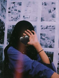 Aesthetic Photo, Aesthetic Girl, Aesthetic Pictures, Cute Emoji Wallpaper, Galaxy Wallpaper, Girl Photo Poses, Girl Photos, Girly Dp, Profile Picture For Girls