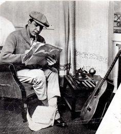 Carlos Gardel, cantor de tangos y actor uruguayo, amado por los argentinos ! El Zorzal Criollo !