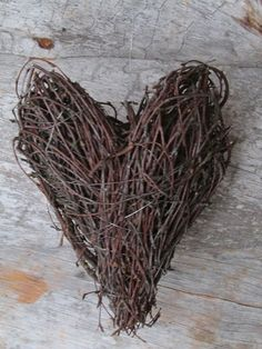 Garden Of My Dreams: Risuaskartelut Wood Crafts, Diy And Crafts, Birch Branches, Rustic Gardens, Grapevine Wreath, Natural Materials, Handicraft, Grape Vines, Upcycle