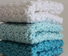 I need to learn how to make these crochet cotton dishcloths. Like, now.