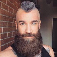 Short Mohawk with Full Beard Mens Hairstyles With Beard, Mohawk Hairstyles, Hair And Beard Styles, Haircuts For Men, Popular Haircuts, Short Hair Styles, Viking Hairstyles, Hairstyles 2018, Great Beards