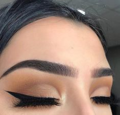 Exceptional Prom makeup detail are offered on our internet site. Have a look and you wont be sorry you did. Makeup Goals, Love Makeup, Makeup Inspo, Makeup Art, Makeup Inspiration, Makeup Tips, Beauty Makeup, Make Up Yeux, Baddie Makeup