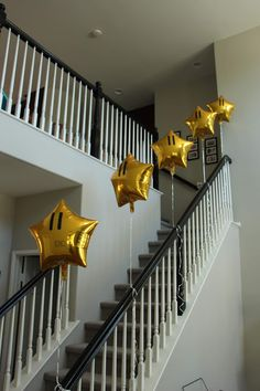 birthday party decorations 119978777560471706 - Super Mario Birthday Party Balloon Stars Source by sara_n_lehmann Super Mario Party, Super Mario Bros, Super Mario Birthday, Mario Birthday Party, 6th Birthday Parties, 4th Birthday, Birthday Ideas, Mario Kart, Mario Bros.