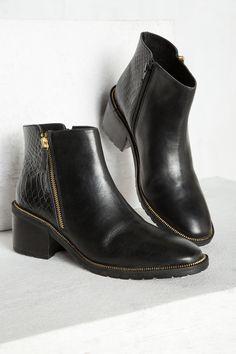 BOTIM PONTA QUADRADA » Sapatos » Mulher » Cortefiel