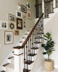 59 New Ideas Decor Wall Photo Stairs Stairway Decorating Decor Ideas Photo stair. 59 New Ideas Decor Wall Photo Stairs Stairway Decorating Decor Ideas Photo stairs Wall Staircase Wall Decor, Foyer Staircase, Stairway Decorating, Stair Decor, Foyer Decorating, Staircase Design, Staircase Ideas, Staircase Frames, Foyer Wall Decor