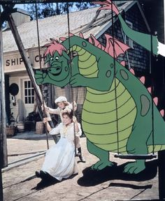 Sean Marshall and Helen Reddy in Pete's Dragon (1977)